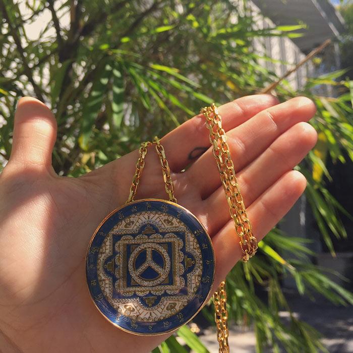buddha-mama-gold-jewelry-necklace-gem-hunt